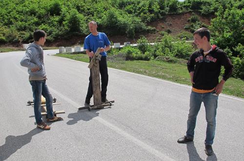 abenteuerliche abfahrt in albanien