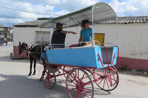 abenteuerreise kuba mit romantischer pferdekutsche
