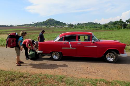 gleitschirmreise kuba mit chevy 1955